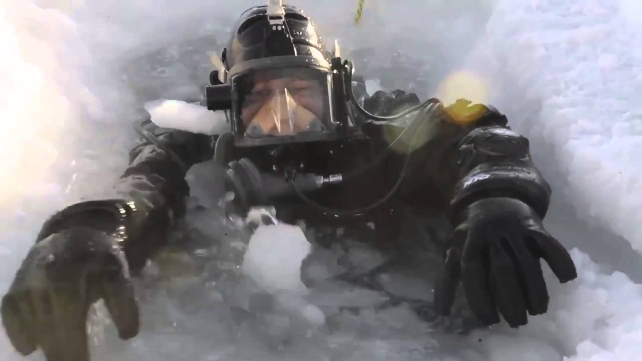 diving-in-ice