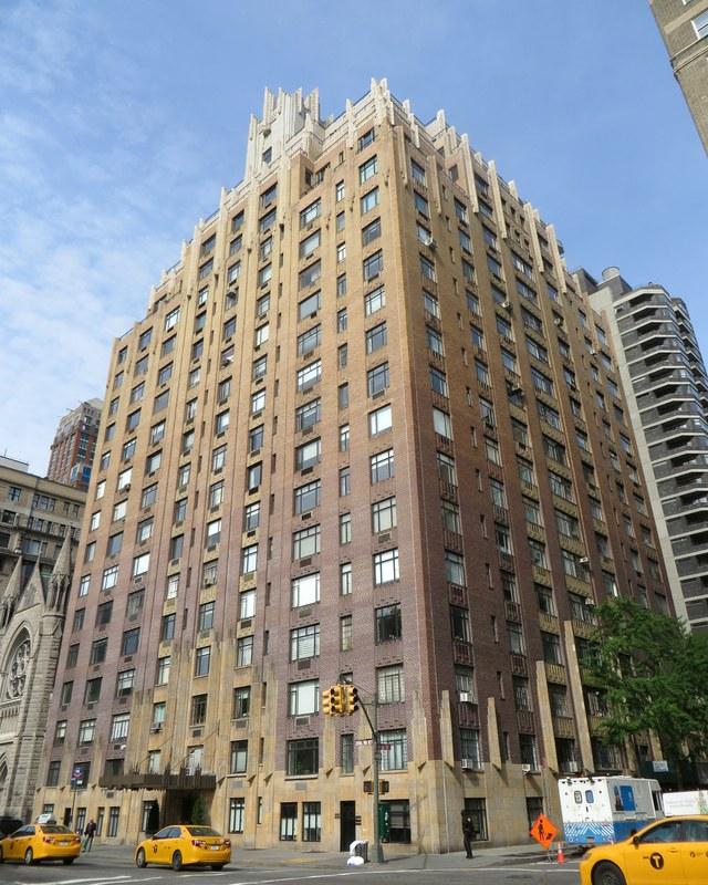 Elf Manhattan apt building